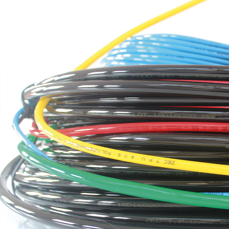 sopra-pneumatic.com - Utilisation avec raccord : instantanés et à coiffe Diamètre ext. tube : 4 - 6 - 8 - 10 - 12 mm Couleurs : noir - incolore - bleu - vert - rouge - jaune Conditionnement en couronne Autre diamètre, longueur et couleur sur demande