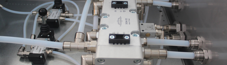 Distributeur à commande manuelle, distributeur à commande penumatique, distributeur à commande mécanique, électrodistributeur, embase, namu, ilot de distribution, juno, pédale. sopra-pneumatic.com